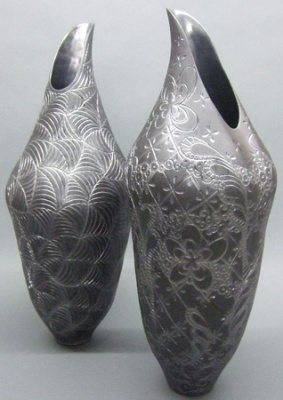 Coiled_engraved_inlaid_basalt_vessels-281