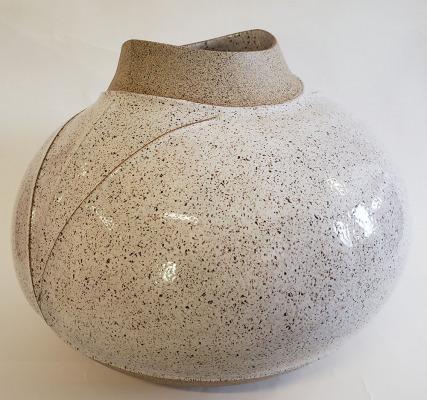 Speckled-Carved-Vessel-1
