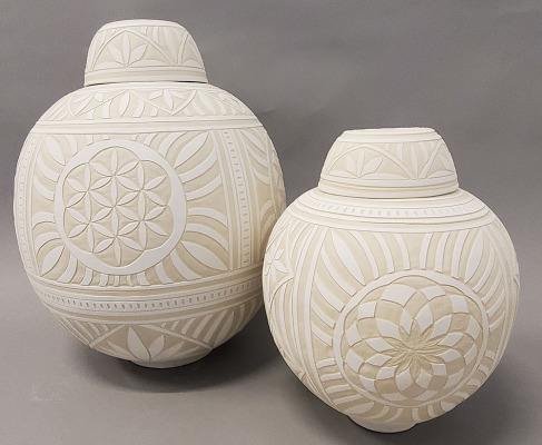 Engraved-Ginger-Jars-2
