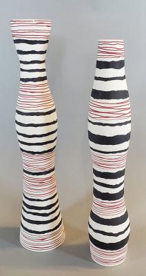 Black-Red-White-Porcelain-2