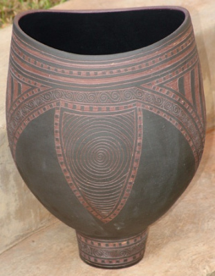 Engraved-Altered-urn-2