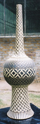 Large-Engraved-Sliptrailed-Metallic-Vessel