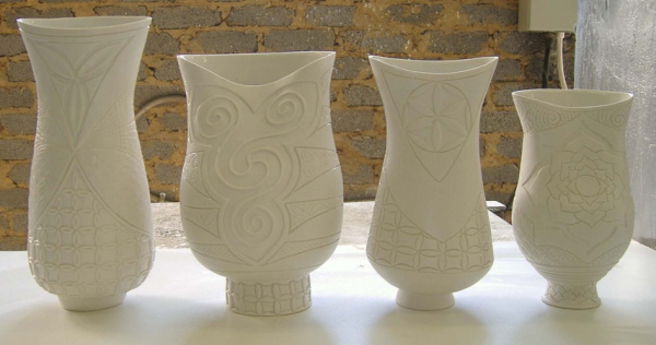 Coiled_porcelain_vessels_front-98
