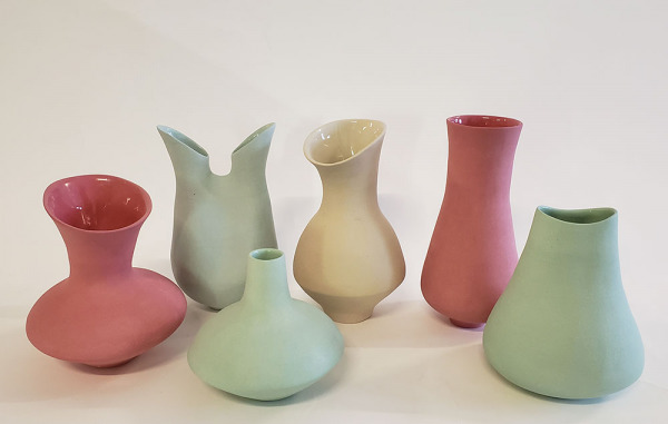 Mixed-Coloured-Vessels