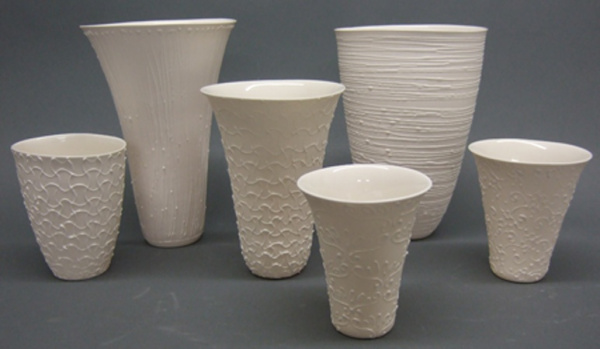 Porcelain_Vessels_with_slip_trail-209